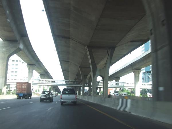 桥梁预制节段拼装技术在城市建设中的应用