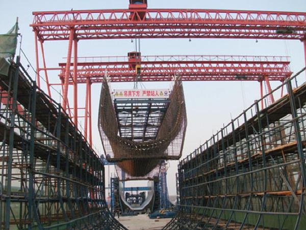 桥梁高墩台模板类型及高墩台施工工序总结