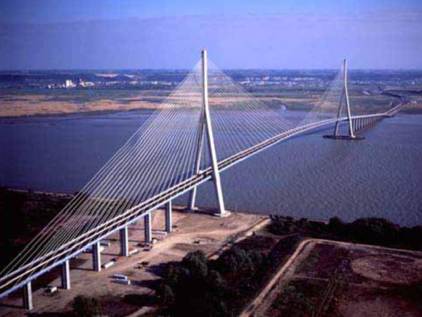 大跨度桥梁设计之斜拉桥设计
