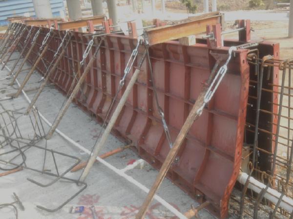 [广东]高速公路工程桥梁防撞护栏施工方案