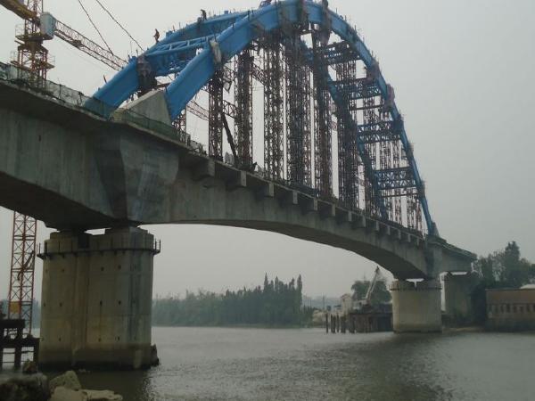 铁路特大桥(32+48+32)m连续梁专项施工方案