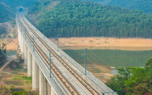 30篇铁路站前工程及铁路桥梁施工资料合集