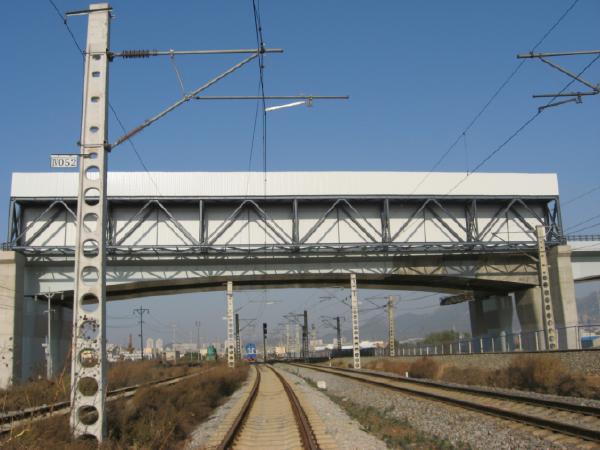 [QC成果]大跨度钢结构桁架精确安装施工