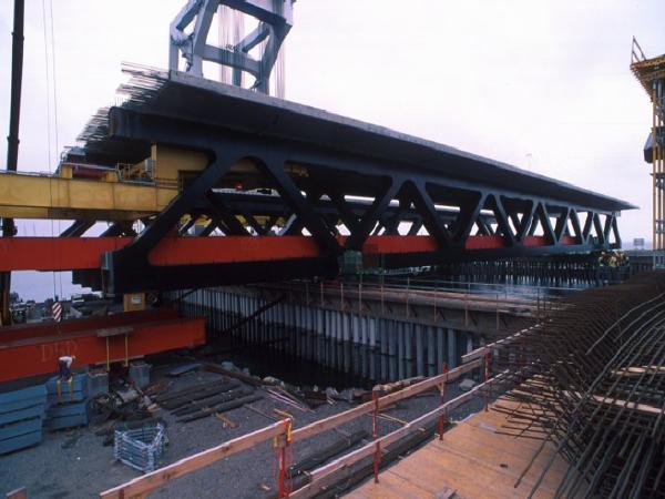 混凝土梁式桥构造与设计要点PPT(110页)_1