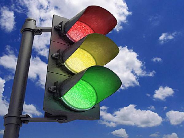 交通信号系统红绿灯安装专项施工方案