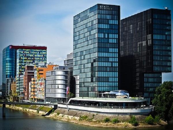 [重庆]大型公共建筑超限梁模板专项施工方案