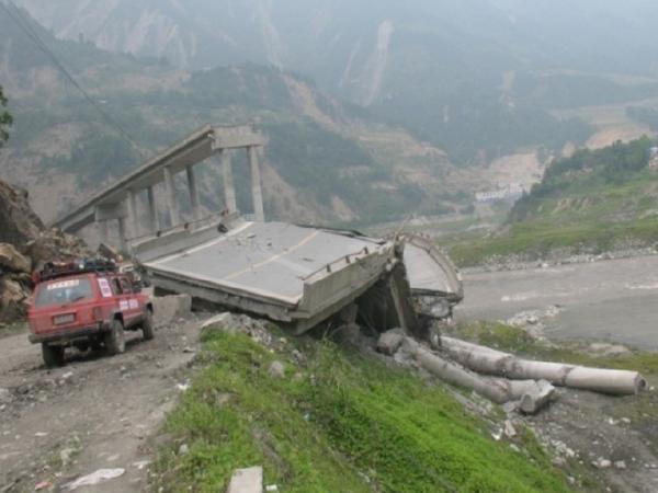 桥梁地震作用计算及结构抗震验算(59页)