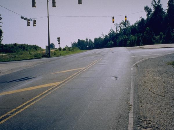 沥青路面新技术及绿色施工技术(278页)