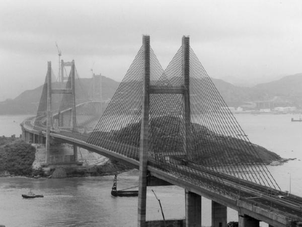 大跨度劲性骨架拱桥设计和施工方法
