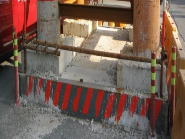 [专家]三跨变截面连续钢箱梁施工方案249页