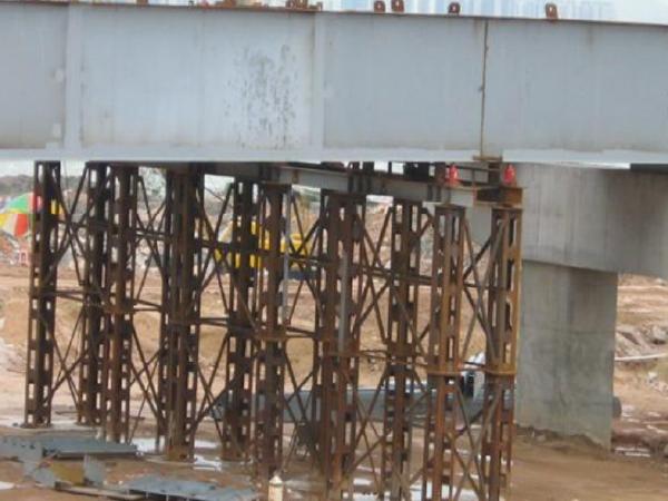 [深圳]道路改造工程钢结构桥梁运输吊装方案
