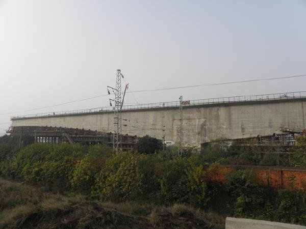 大吨位T型刚构桥转体法成桥关键技术综述