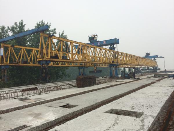 高速公路预制梁架设施工工艺培训PPT