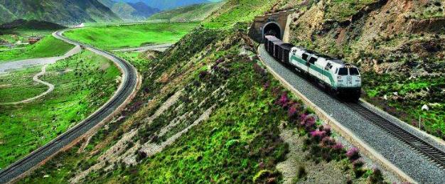 交通部:明年铁路投资8000亿,公路1.8万亿