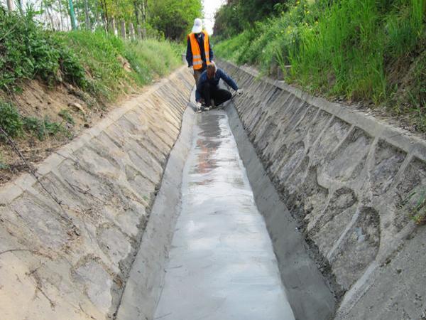 道路工程施工之路基排水设施与施工