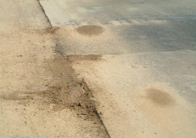 公路水泥混凝土路面面层施工技术PPT(105页)_1