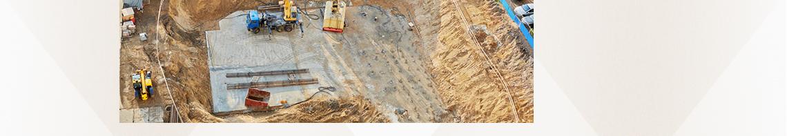 1、现场布置原则与标化管理要求 2、办公、生活及生产设施 3、施工现场临时用电、用水布置及计算  4、施工现场道路、围挡布置 土建工程师 ,施工现场布置,现场技能知识,开工手续施工检查