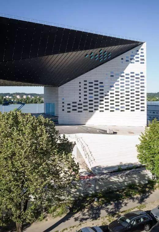 历时7年,BIG设计波尔多文化艺术中心建成开业_4