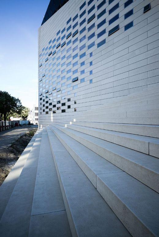 历时7年,BIG设计波尔多文化艺术中心建成开业_7