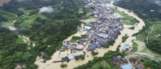暴雨连天、灾害严重,公路水毁后,如何养护才能减少