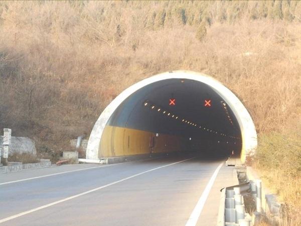 分离式断面隧道检测报告