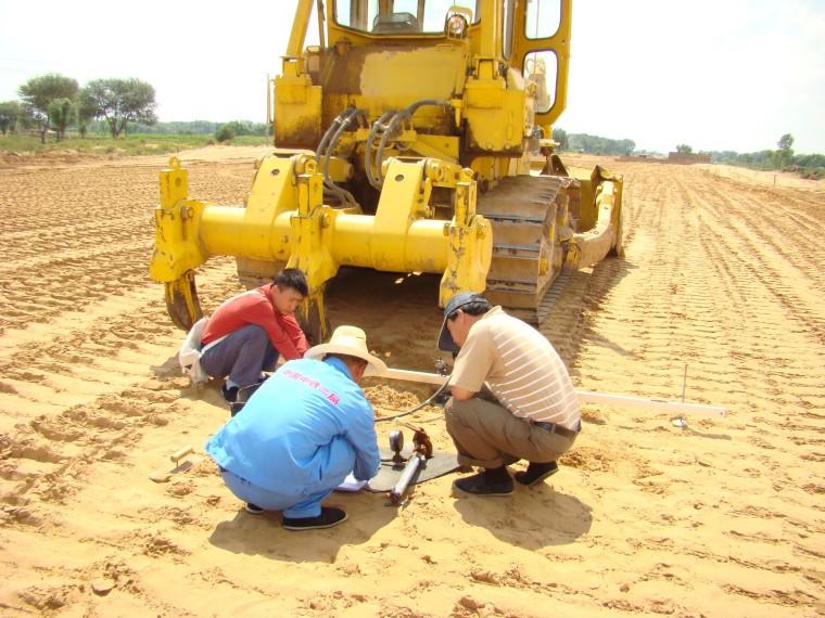 高速公路风沙路基施工工法