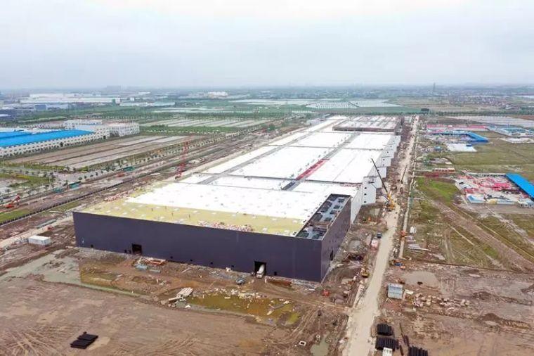 上海特斯拉超级工厂建设速度惊人,厂房结构基本完工!