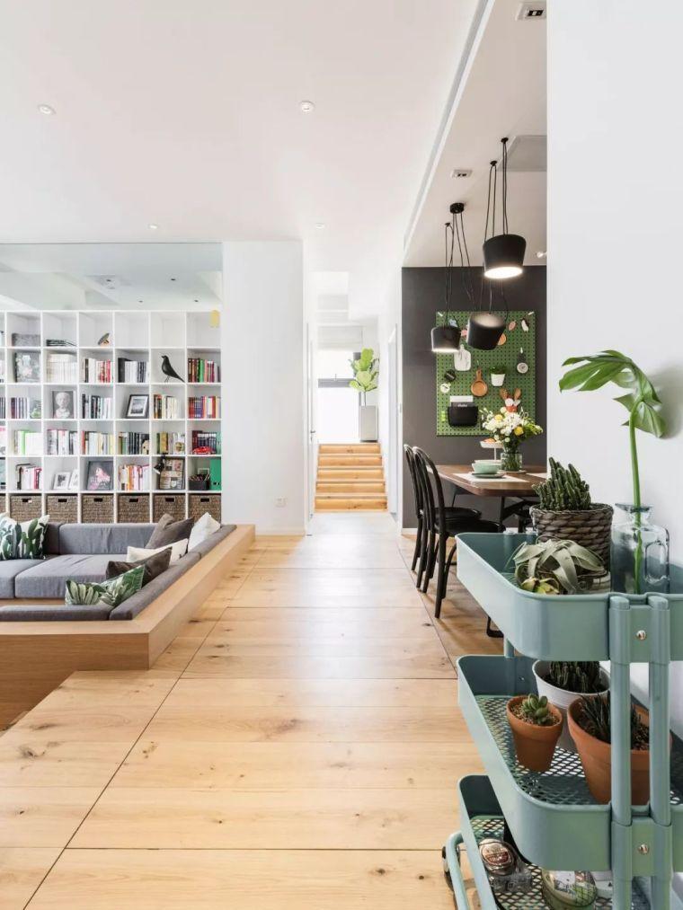 上海夫妇撬开地板、把卧室悬空,60㎡小家变豪宅!_2