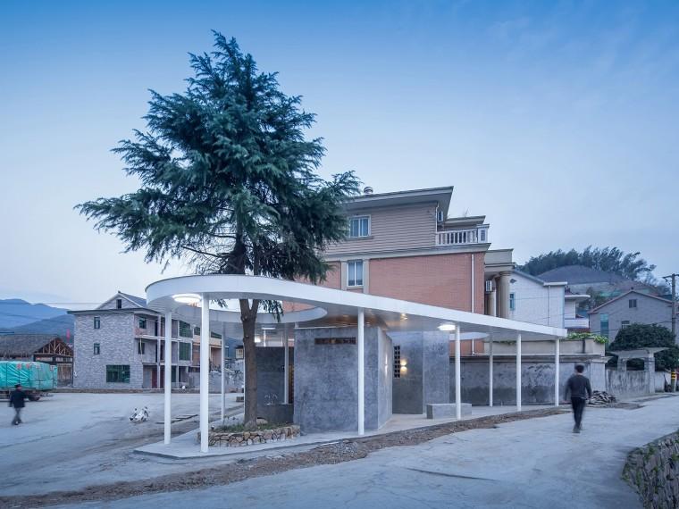 浙江三岔口的公厕建筑