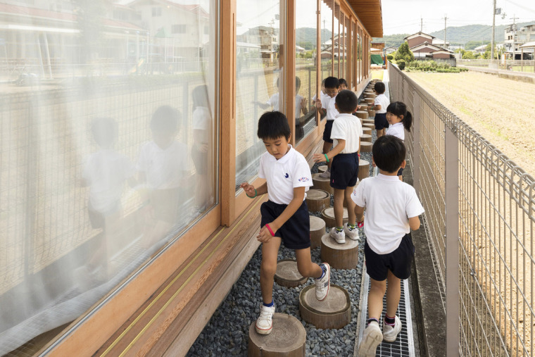 005-megumikai-dai1bukkou-nursery-school-by-new-office