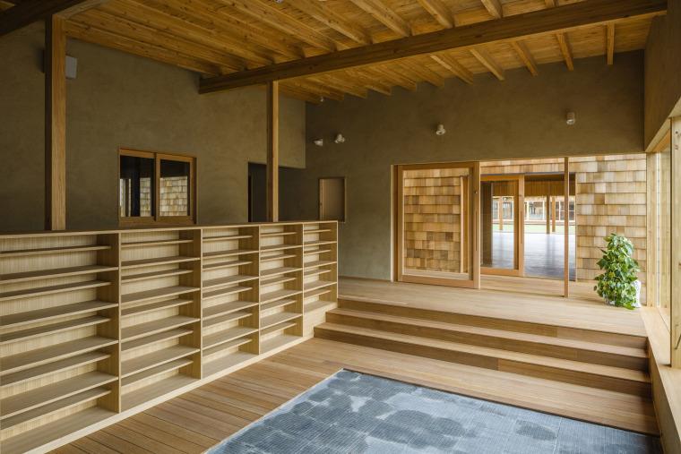 011-megumikai-dai1bukkou-nursery-school-by-new-office