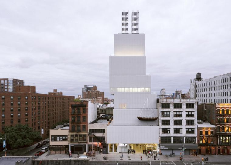 由OMA设计的与曼哈顿博物馆相连的新建筑