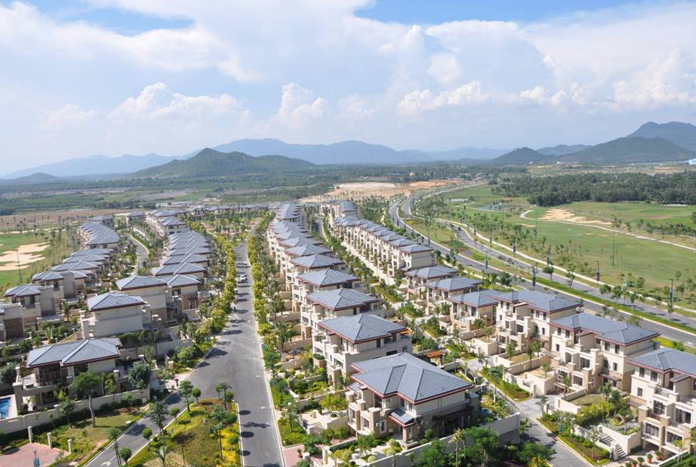 旅游地产与高端养老地产开发运营管理策略