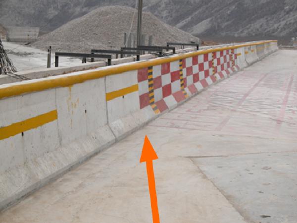 道路护栏设计和路侧安全净区宽度的计算