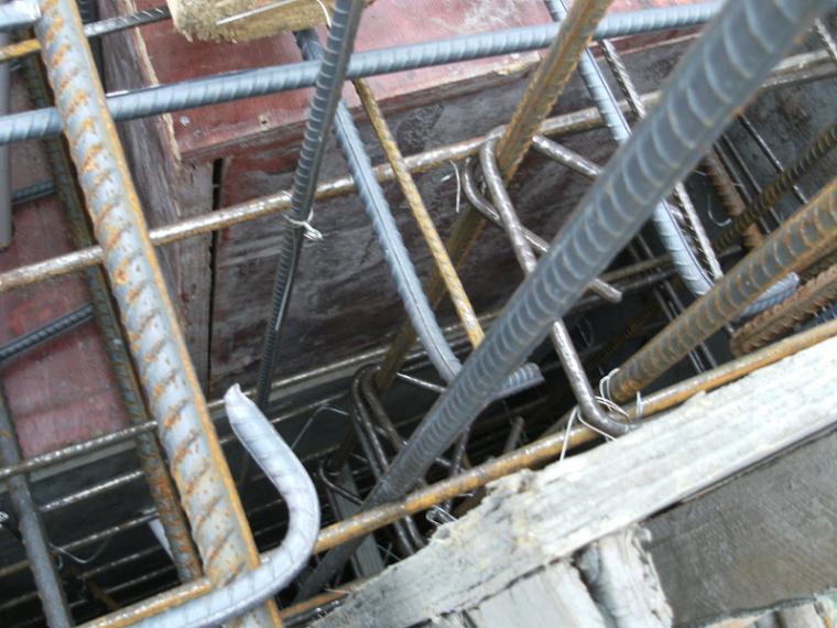 框架剪力墙结构高层建筑钢筋绑扎施工技术交底PPT(45页)