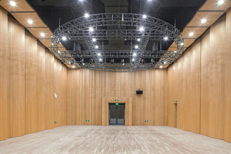 031-renovation-project-of-shanghai-chinese-orchestra-located-at-no-336-xinhua-road-phase-i-china-by-tjad