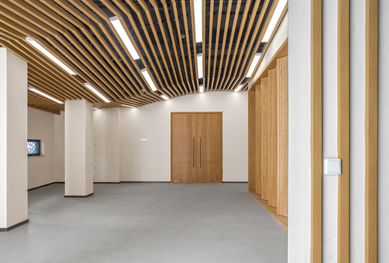 036-renovation-project-of-shanghai-chinese-orchestra-located-at-no-336-xinhua-road-phase-i-china-by-tjad