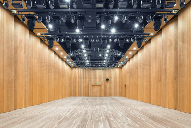 047-renovation-project-of-shanghai-chinese-orchestra-located-at-no-336-xinhua-road-phase-i-china-by-tjad