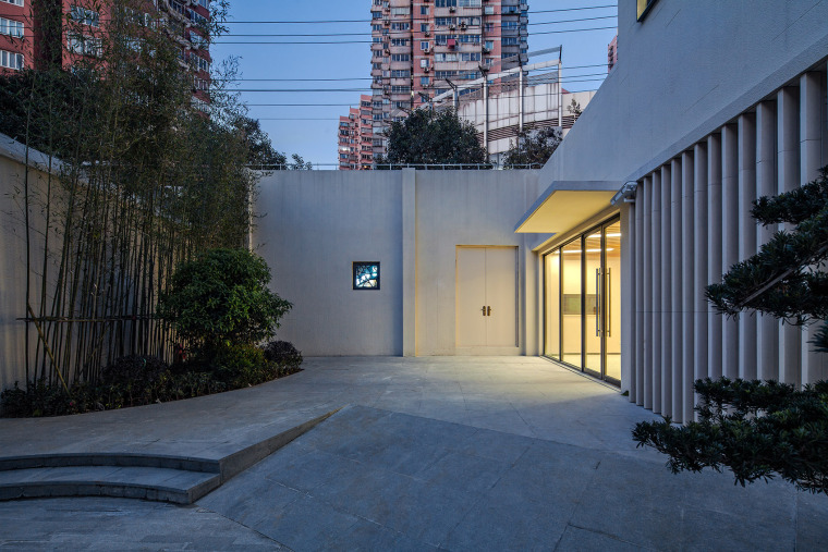 045-renovation-project-of-shanghai-chinese-orchestra-located-at-no-336-xinhua-road-phase-i-china-by-tjad