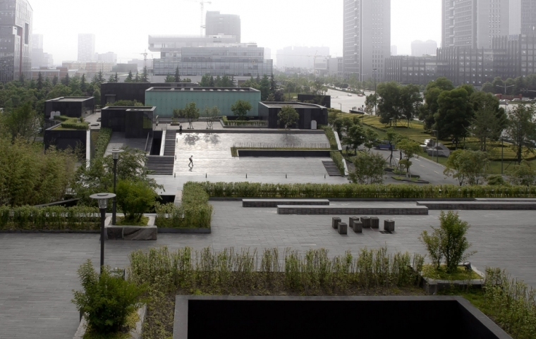 008-museum-of-contemporary-arts-china-by-jiakun-architects-960x607