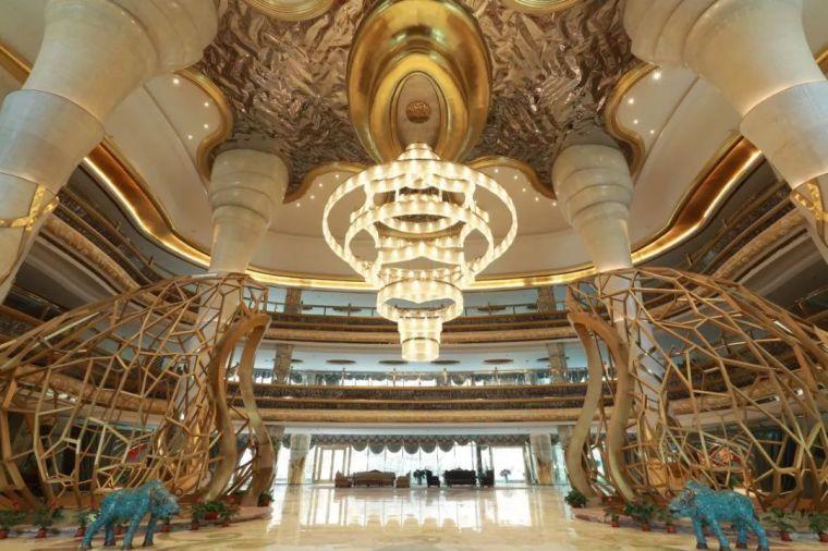 耗资30亿的蜂巢酒店设计,还没开业就让人惊艳!_11