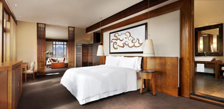 [西藏]拉萨瑞吉度假酒店装修施工图+实景图-The St. Regis Lhasa Resort—Everest Suite - Bedroom