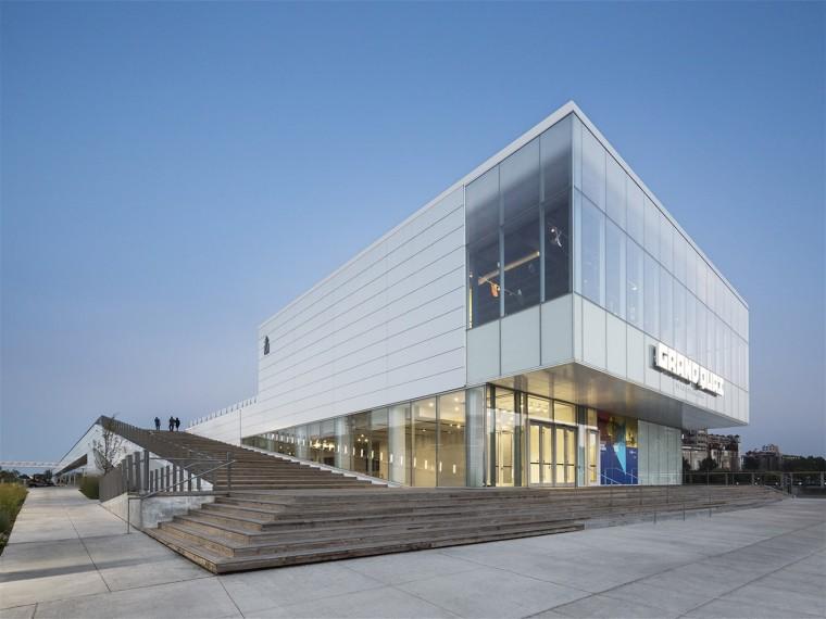 加拿大GrandQuay港口建筑
