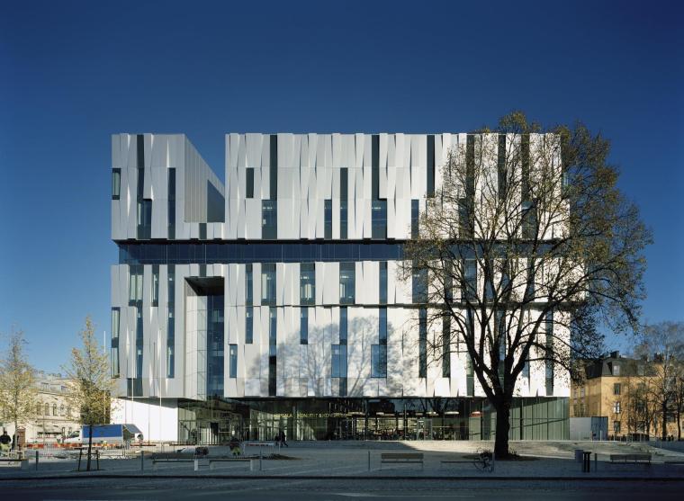 瑞典·乌普萨拉音乐会和国会大厅---亨宁·拉森