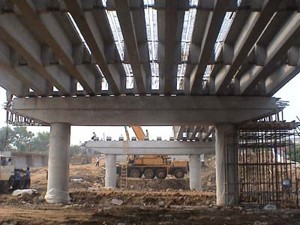 桥梁拆除爆破原则及工艺选择