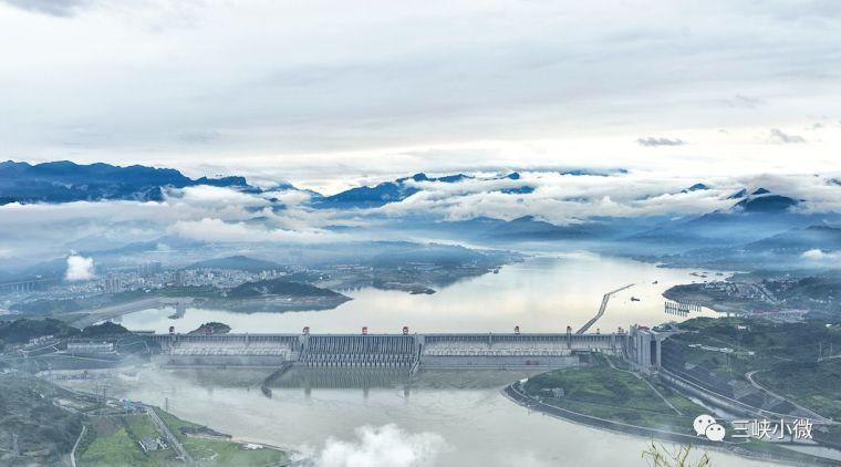 三峡大坝安全监测系统和坝体变形现状