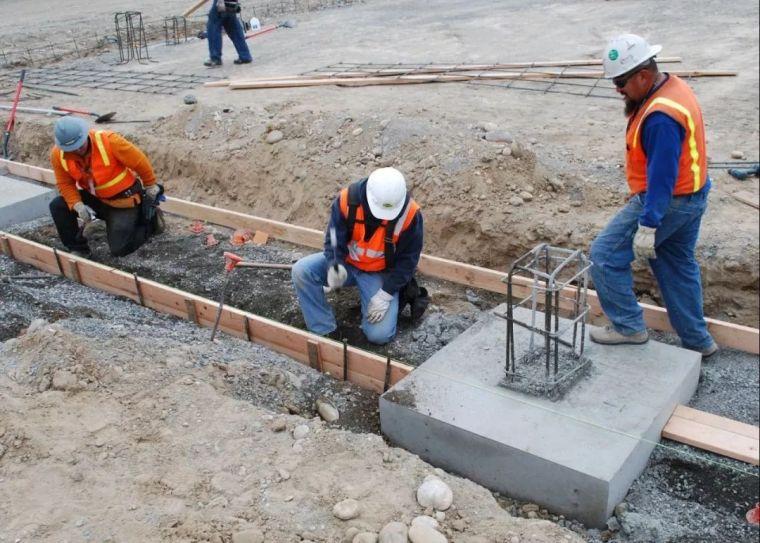 夏季施工钢筋、模板、混凝土人员应该注意点啥?_2