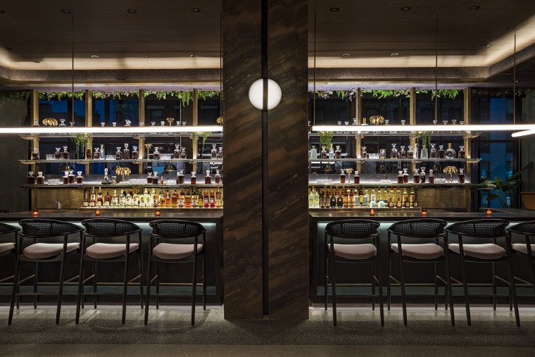003-Moxy-Chelsea-by-Rockwell-Group
