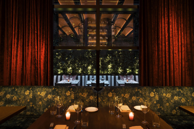 011-Moxy-Chelsea-by-Rockwell-Group