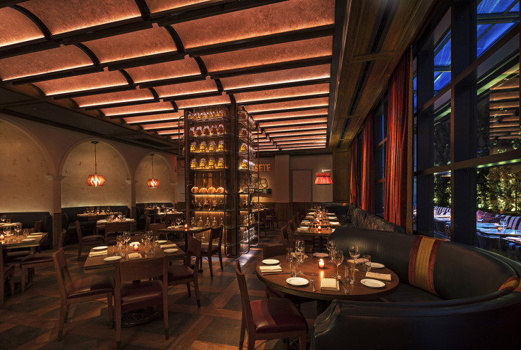 013-Moxy-Chelsea-by-Rockwell-Group